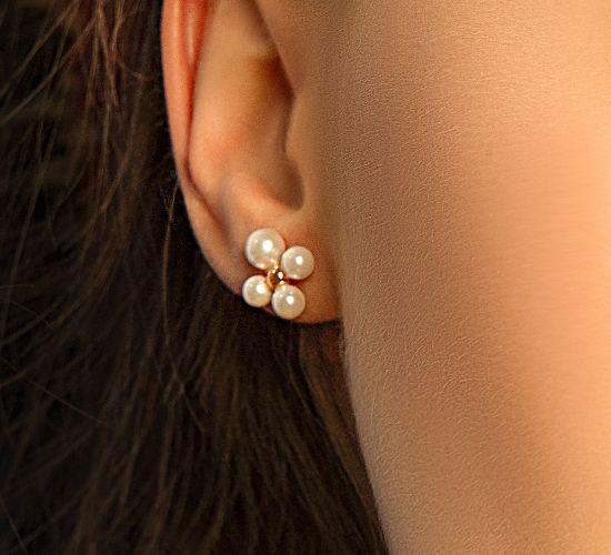 Kolczyki Luck z perłami na sztyfcie pozłacane